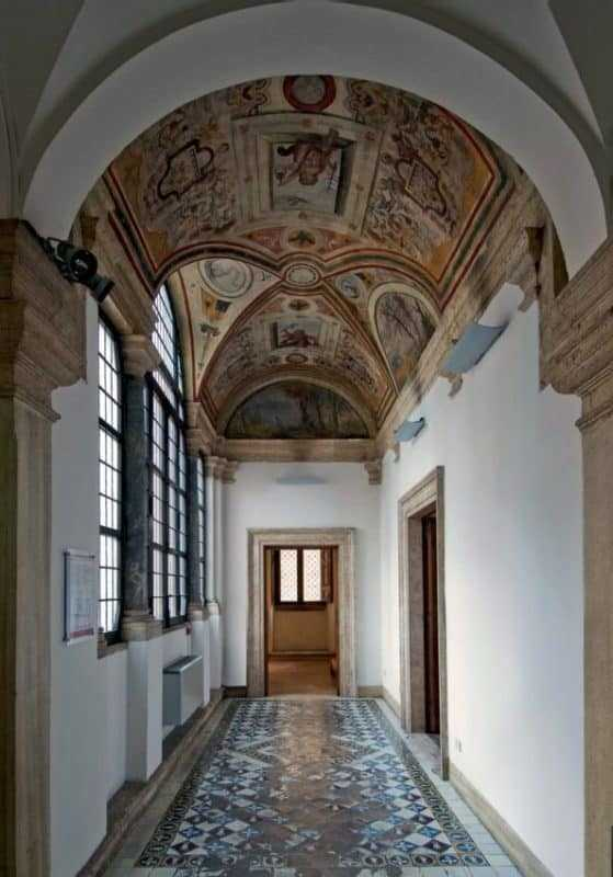 Parione District Itinerary 23, Parione District – Itinerary 23, Rome Guides