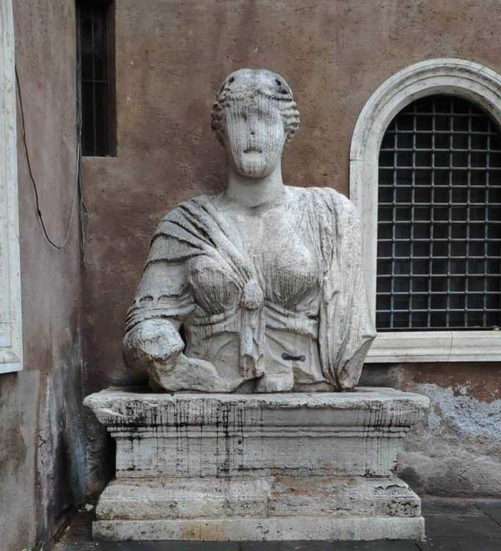 Pigna District Itinerary 35, Pigna District – Itinerary 35, Rome Guides