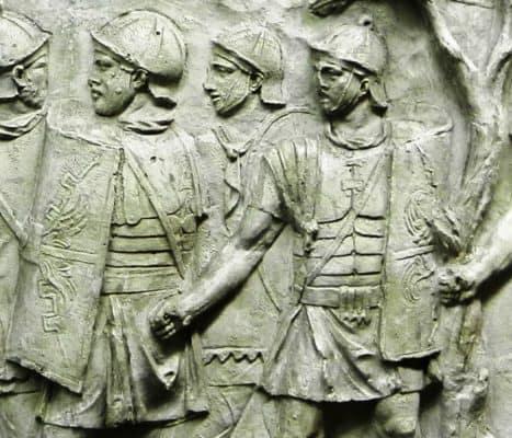 legionari colonna traiana