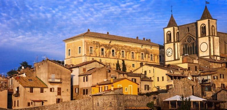 Donna Olimpia Maidalchini - La Pimpaccia, Donna Olimpia Maidalchini – La Pimpaccia, Rome Guides