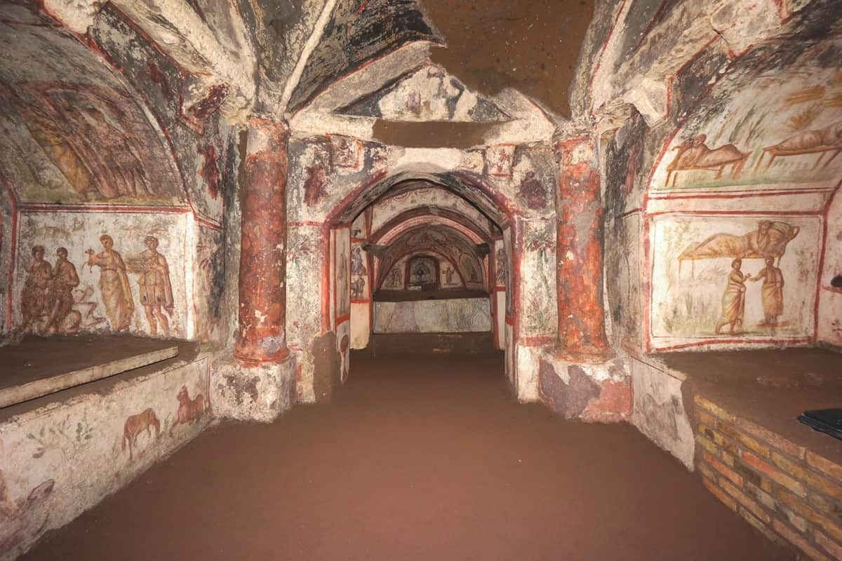 Le Catacombe di Via Dino Compagni, Le Catacombe di Via Dino Compagni, Rome Guides